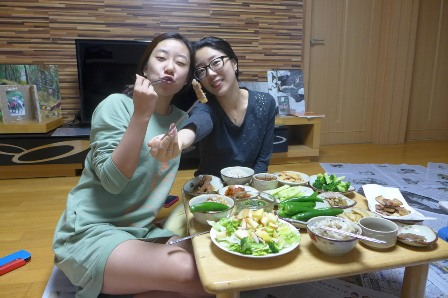 Having Samgyeopsal with Seonghwa and Jane.jpg