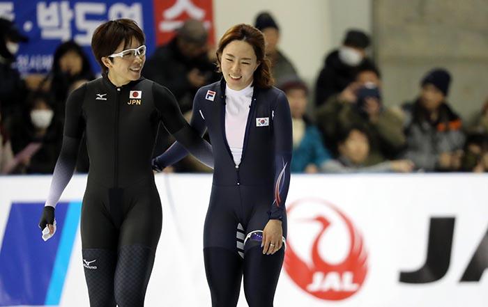 Speed_Skating_Sapporo_Silver_Medal_01.jpg